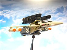 VF-1S ロイフォッカー機。