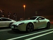 Aston Martin V12 Vantage Engine Start!!