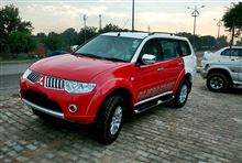 Mitsubishi Pajero Sport with dual tone colours launched in India ・・・・
