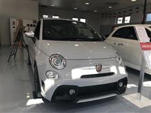 new abarth595見学