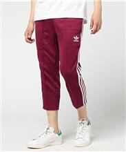 CROPPED PANTS。