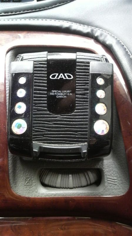 GARSON LUXURY HANDY PHONE HOLDER