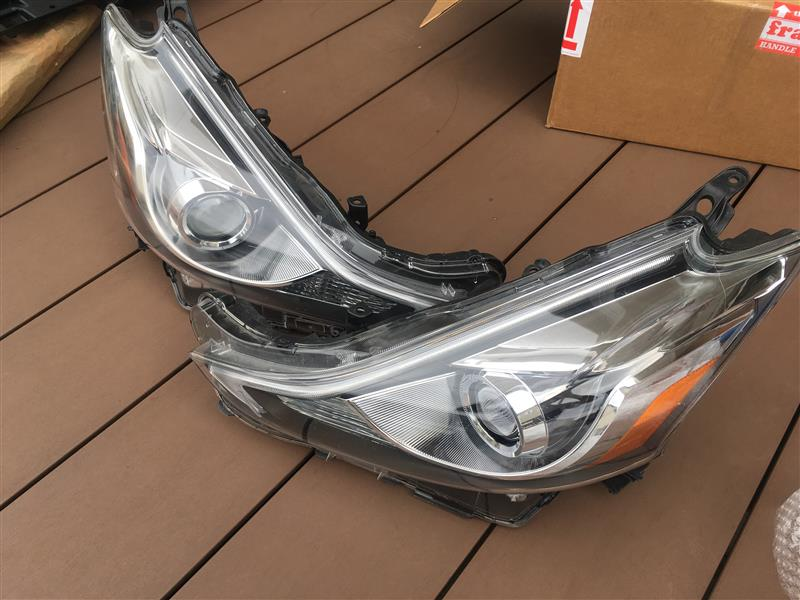 US TOYOTA PRIUS V UNIT ASSY, HEADLAMP