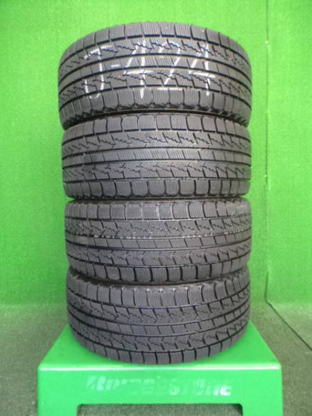 NEXEN WINGUARD ICE 215/45R17