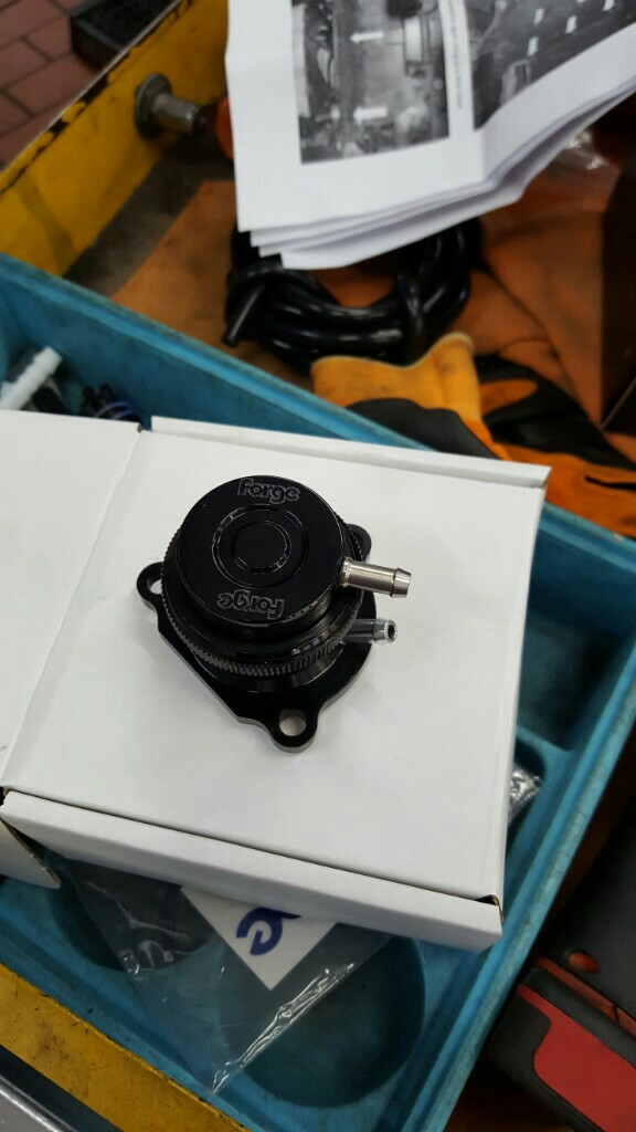 Forge Motorsport Diverter Valve ブローオフバルブ