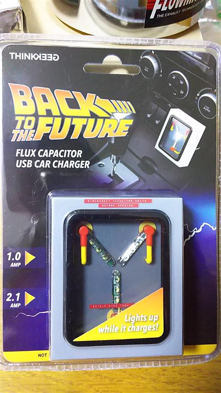 THINK GEEK BACK←TO THE FUTURE 次元転移装置USB充電器
