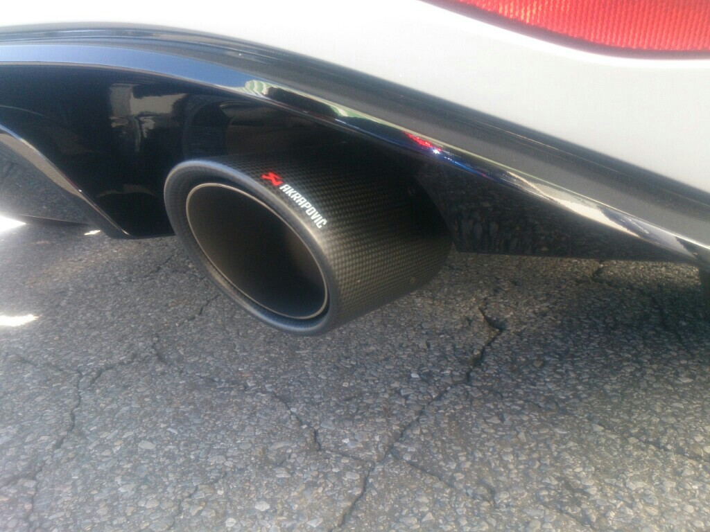 AKRAPOVIC Slip-on exhust system