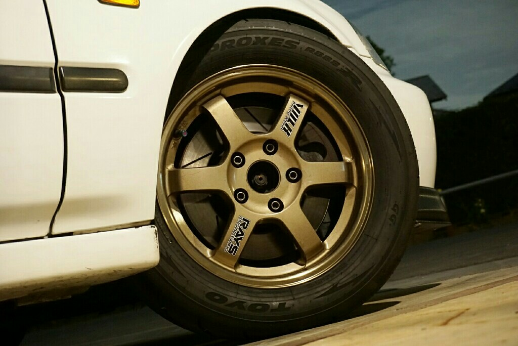 TOYO TIRES PROXES R888R 225/50R15