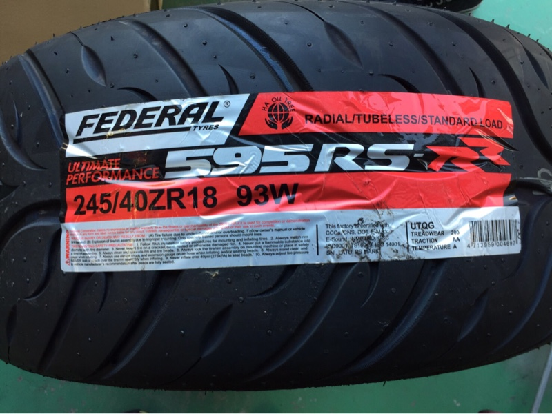 FEDERAL 595RS-RR 245/40ZR18