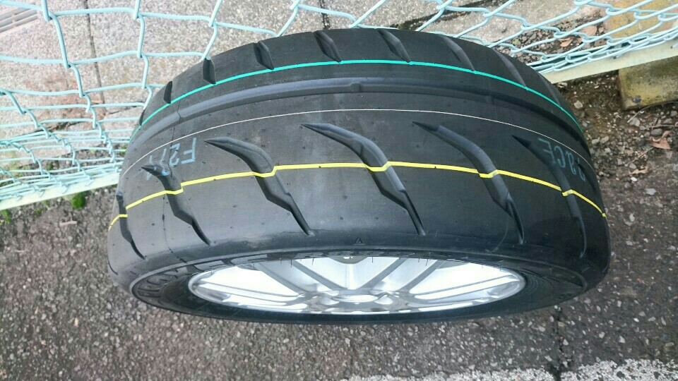 TOYO TIRES PROXES  R888R   195/55/15