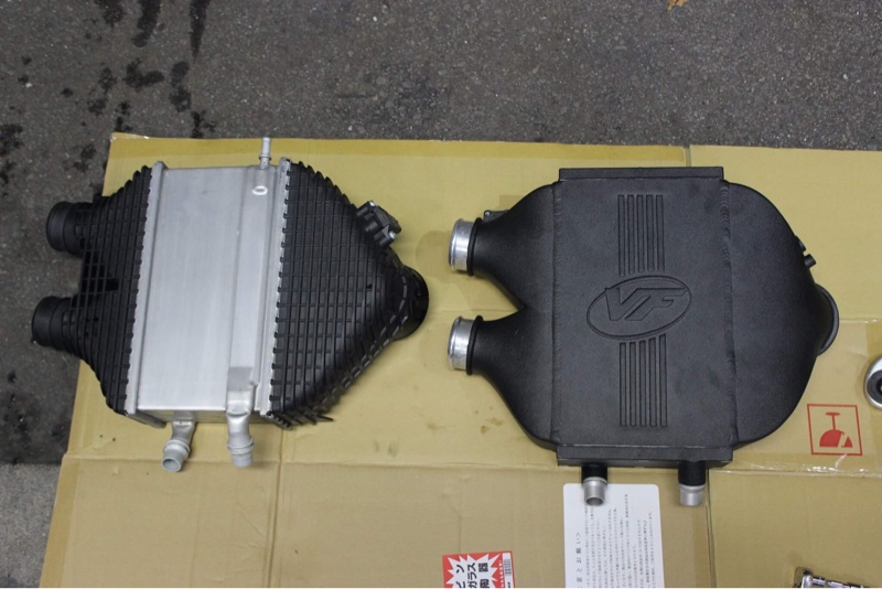 VF Engineering TOP MOUNT DUAL-PASS CHARGE-AIR-COOLER
