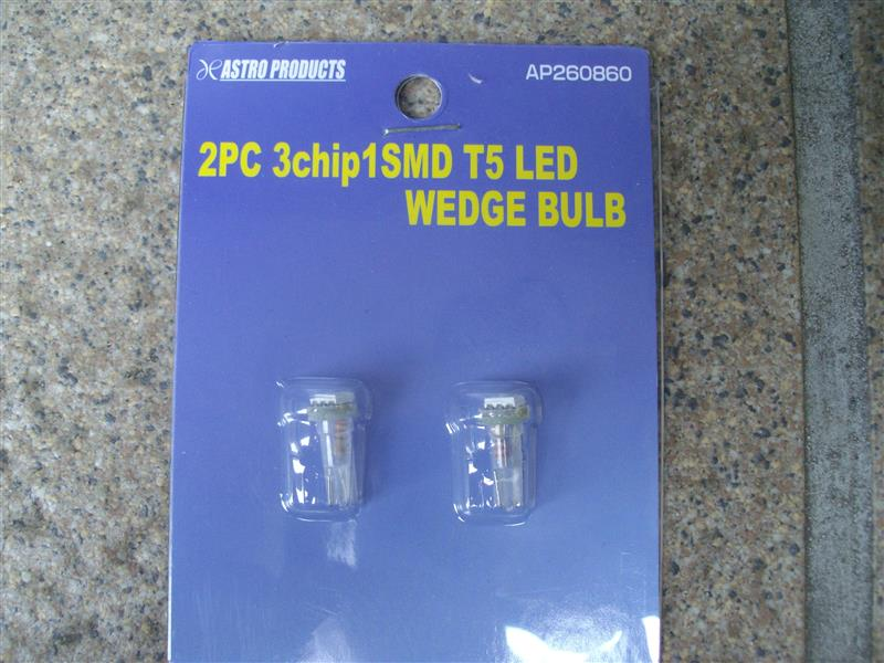 ASTRO PRODUCTS 3chip 1SMD T5 LEDウェッジバルブ