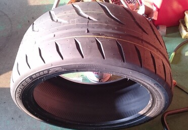 TOYO TIRES PROXES R888R 285/35ZR20