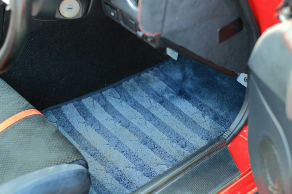 MAZDA GENUINE PARTS FLOORMAT A for NA8C Series1.5