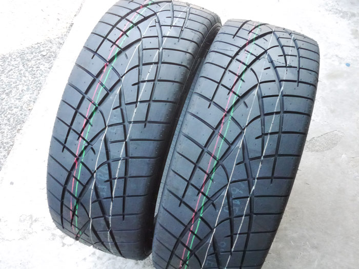 TOYO TIRES PROXES PROXES R1R 215/45ZR17