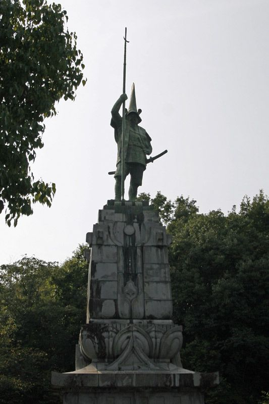 加藤清正銅像(熊本市西区)