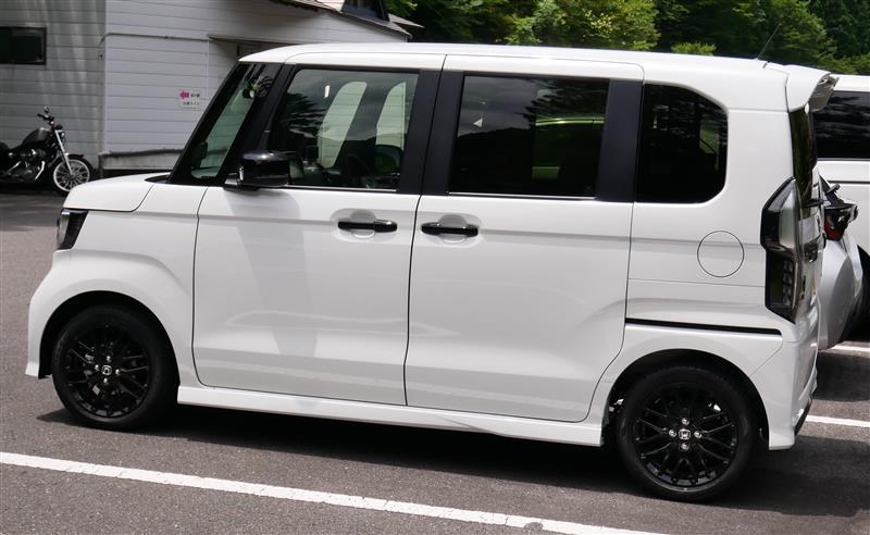 「[整備] Nボックス サマータイヤに交換  http//minkara.carview.co.jp/userid/211333/car/2508058/4677185/note.aspx」