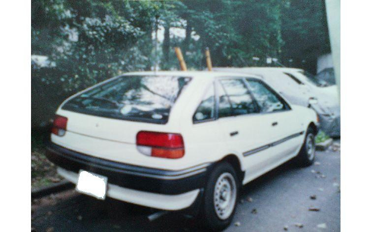 フォード レーザーリデア ワゴン