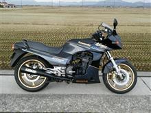 かいまんさんのGPZ900R リア画像