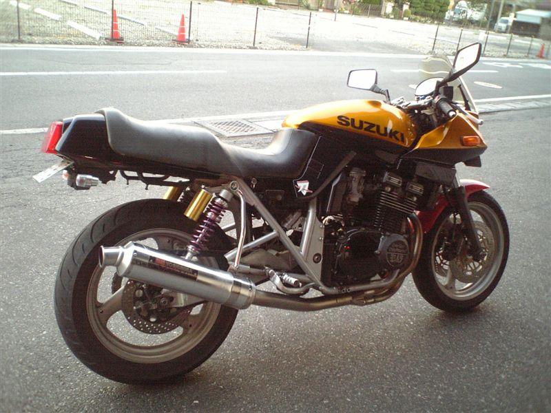 スズキ GSX400S KATANA (カタナ)