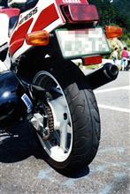 Toshi867さんのFZR400 リア画像
