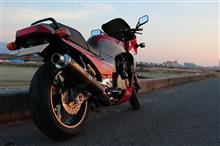 黒鷹さんのGPZ900R リア画像