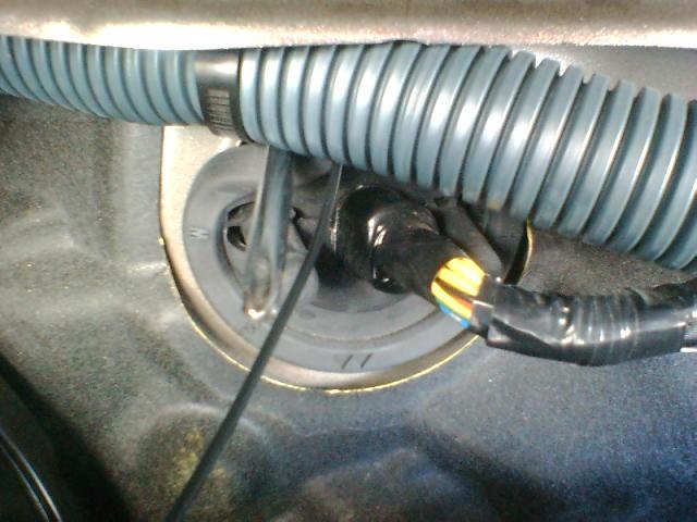 車速感応ドアロックユニット(通常取付)