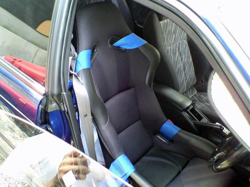SPGタイプ バケットシート(運転席側)に交換