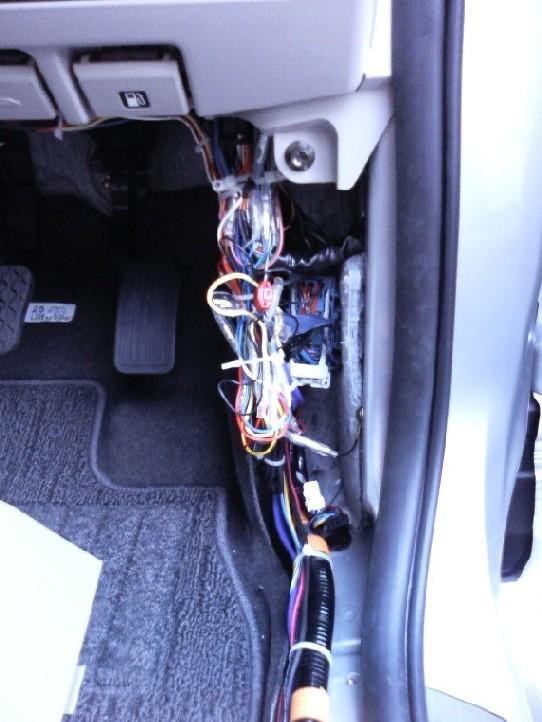 八木澤さんとこの車速感応式ドアロック+割込みリレー