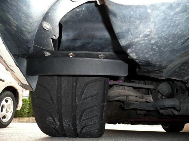 DIY 空力対策>ストレーキ(タイヤ前清流板)装着