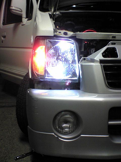 ヘッドライト クリスタル