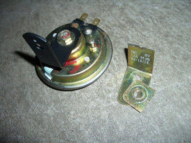 バンバン50 RV50■ぽろりと落ちたホーンを取り付けのカスタム手順2