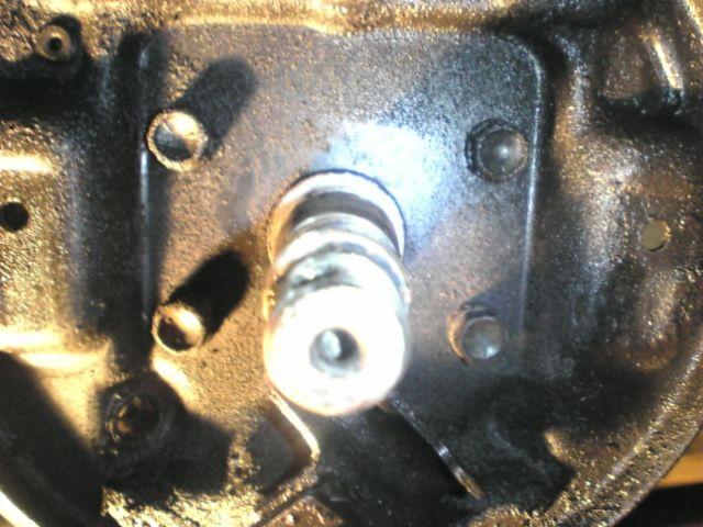 左リヤブレーキ修理