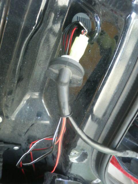 ブレーキで色が変わるブレーキ連動アンダーネオン その①