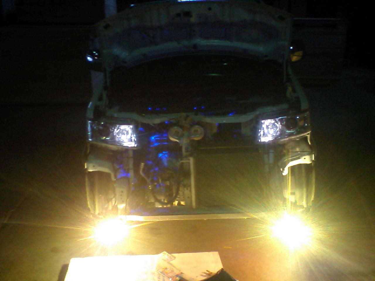 ヘッドライトのケルビン数up&フォグランプHID化