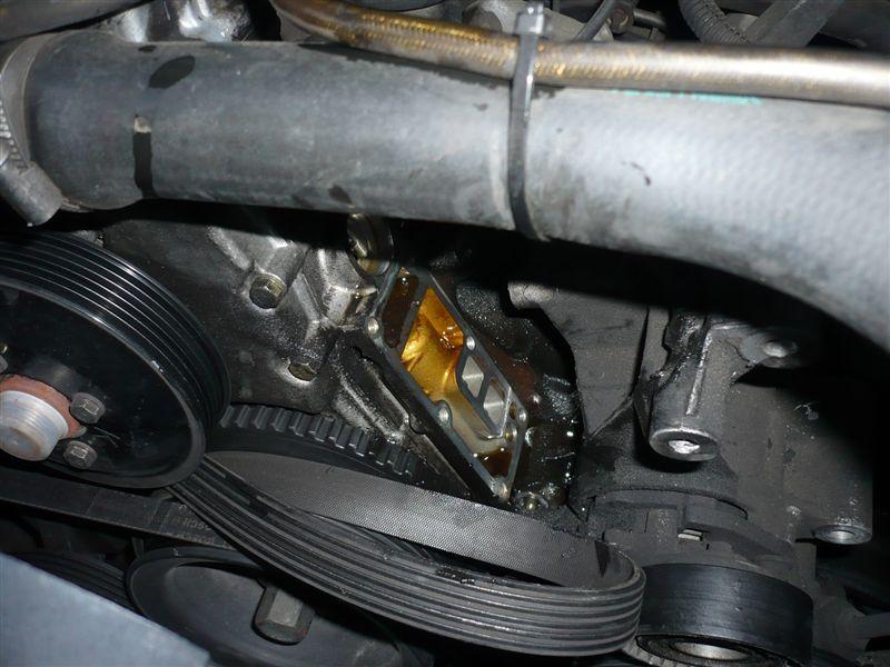 メインオイルフィルターハウジングのオイル漏れ修理(Z3編)