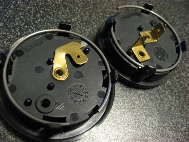 M3 クーペ ホーンボタン交換のカスタム手順2