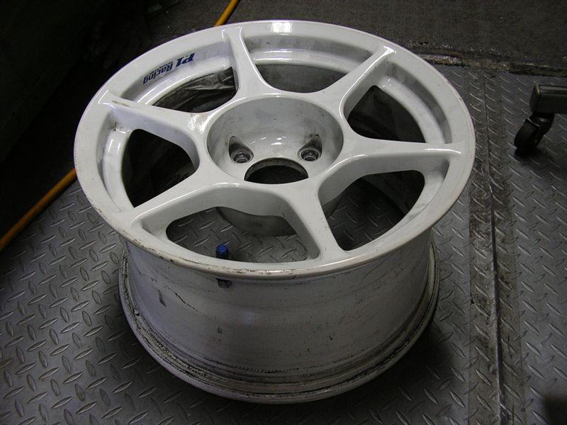 その他バーディークラブ P1レーシング 8JJ 15インチ +12 4H 114.3 白 重量の単体画像