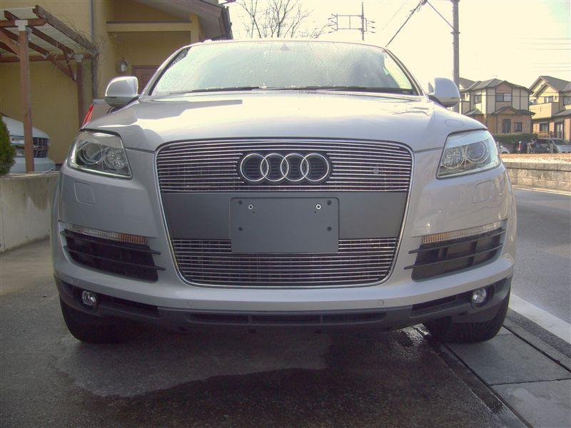 Q7Grill4U Audi Q7 ビレットグリルの単体画像