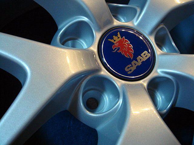 9-5 エステートTwin-Aero light  SAAB純正 17'' Five-spoke Alloy Wheelの単体画像