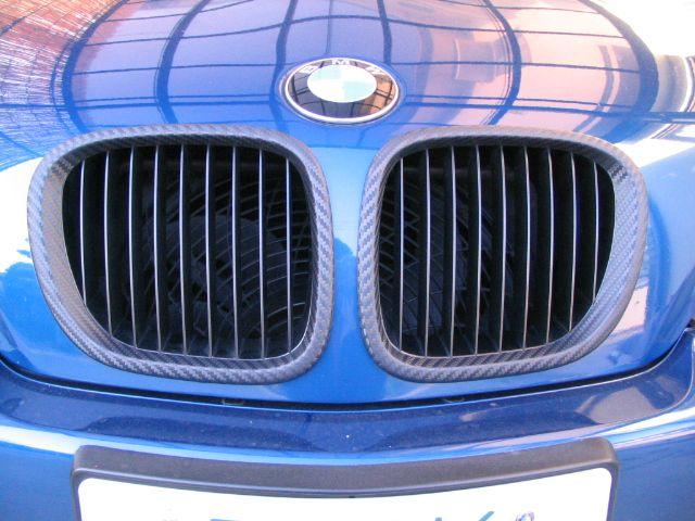 Z3 クーペD・I・Y カーボン調ブラックグリル 2.2L用純正グリル使用の単体画像