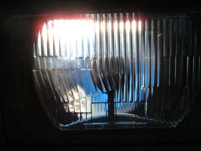ボンゴブローニイバンミラリード Beams 5100K 高効率バルブ(Hi/Low切替H4型)の単体画像
