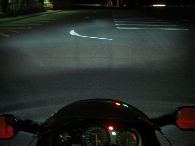 CBR1100XX スーパーブラックバード不明 H.I.D ロービームの単体画像