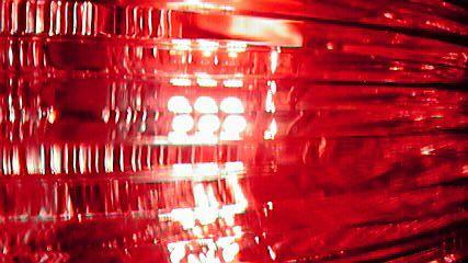 LEDランプ 亀石屋 T20-18SMD 赤
