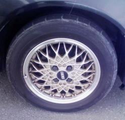 カローラワゴンBBS  いすゞ 純正  FFジェミニ用 BBSの単体画像