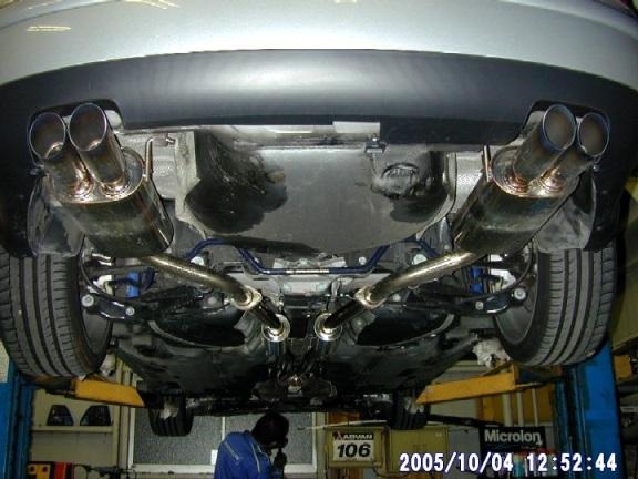 パサート セダンBlueWave W01-072 (Passat V6-4motion用) [Kaiserテール]の単体画像