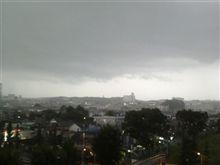 嵐の予感。