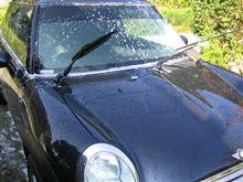 オフ会に向けて洗車です。