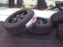 新品タイヤ投入!いつも悩むタイヤサイズ。。。