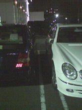 ジムの駐車場で
